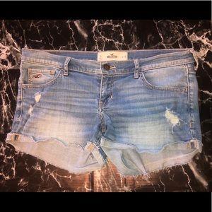 Hollister shorts size 9